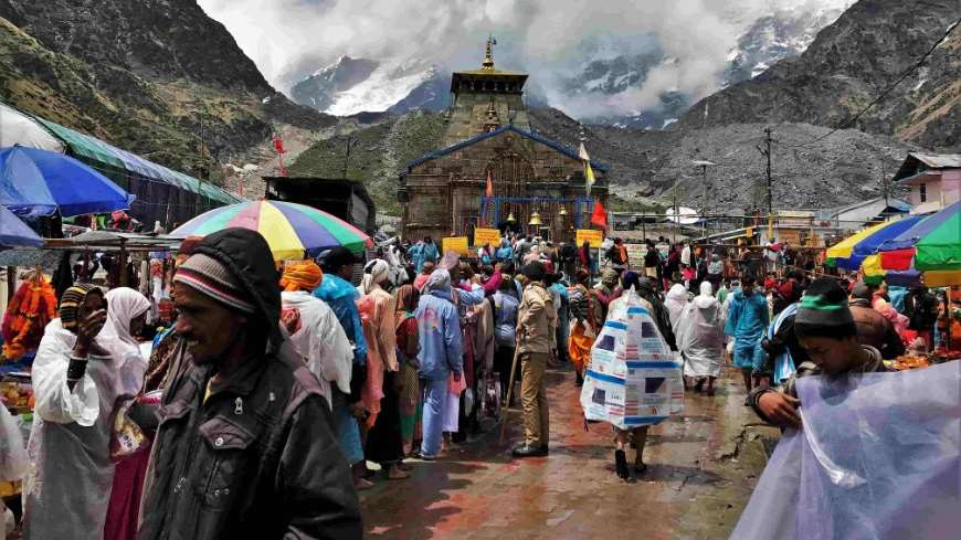 केदारनाथ मंदिर चार धाम यात्रा chardham by helicopter cheap packages 2020